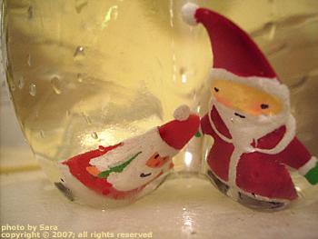 Santas submerged.